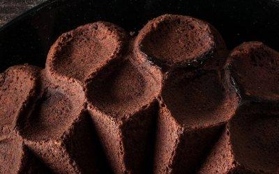 Gâteau chocolat noir bleuets