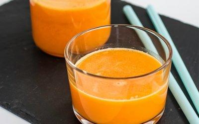 Jus de pomme, carotte et orange